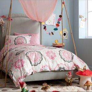 Dwell Studio Zinnia Rose Kids Twin Bed Duvet Set